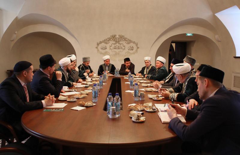 Состоялось заседание Президиума ДУМ РТ