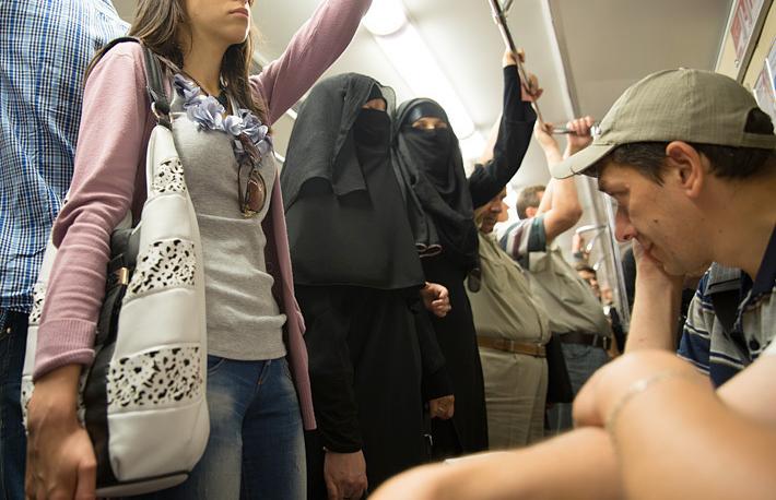 """""""Прохожие в метро смотрят на меня настороженно"""""""