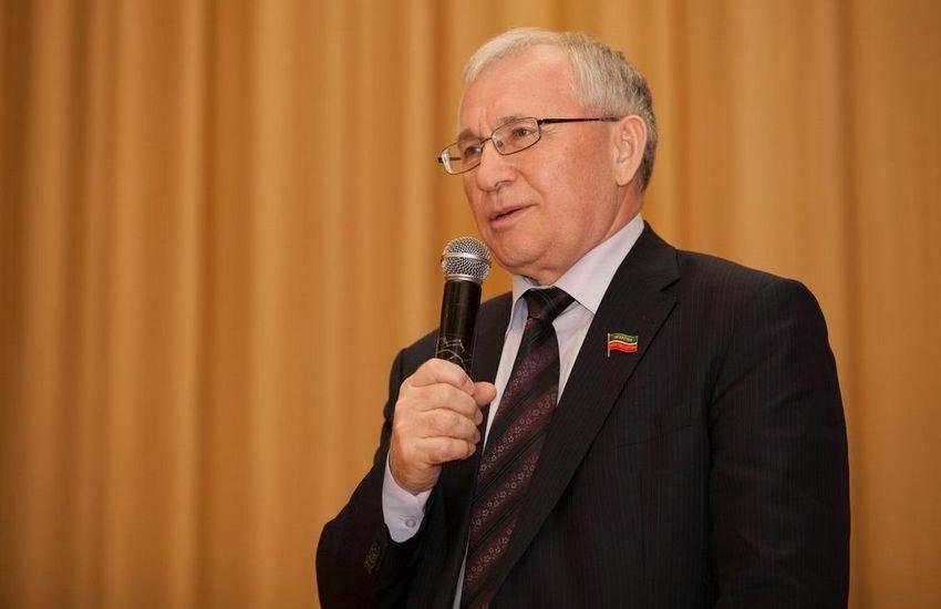 Разиль Валеев: Предложение признать татарский язык вторым государственным – это ответ тем силам, которые хотят принизить статус нашего языка