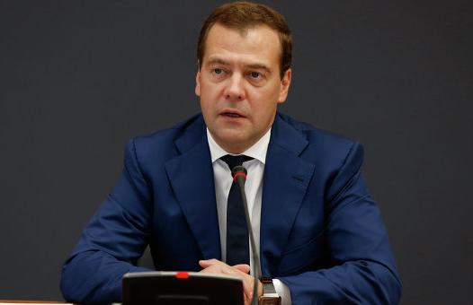 """Д. Медведев: """"Это должен быть ислам, который традиционен для нашей страны"""""""