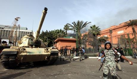 Asharq Alawsat: Революции и историческая слабость арабских армий