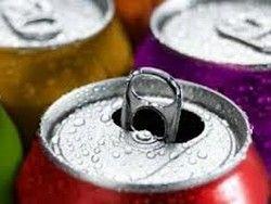 Металлические банки для напитков связали с ожирением