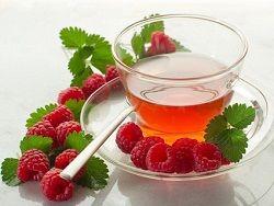 Ученые разоблачили чай с малиной