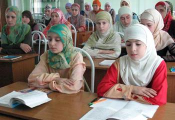 8000 подписей «за хиджаб»