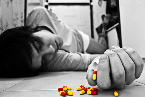 Кто помогает самоубийцам?