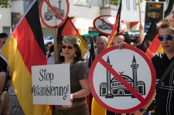 В Европе очередная вспышка исламофобии
