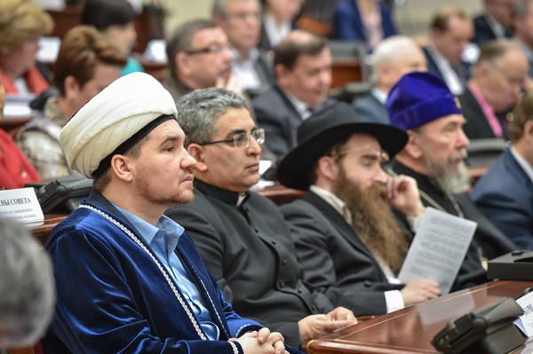 В Татарстане обсудили этноконфессии