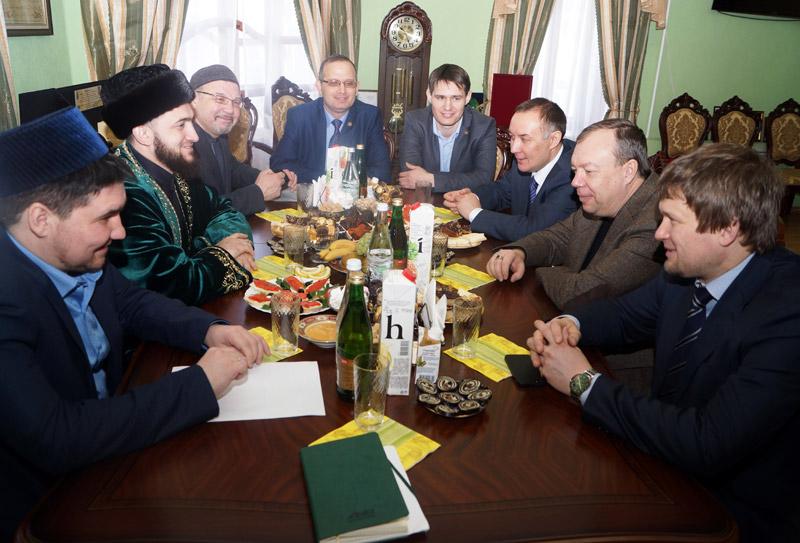 Резиденцию муфтия РТ посетили гости из Москвы