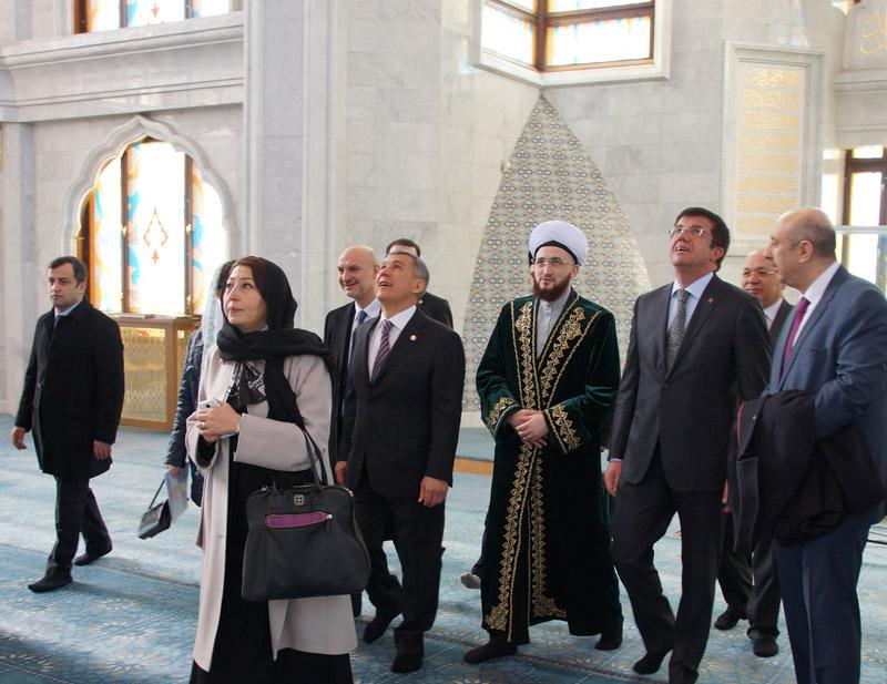 Министра экономики Турецкой Республики ознакомили с мечетью Кул Шариф
