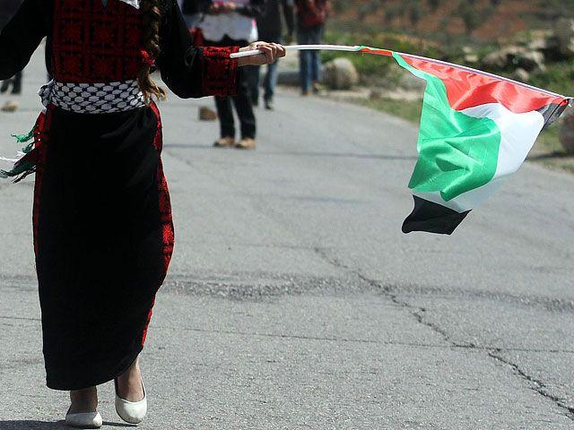 """Аббас угрожает Израилю Гаагским трибуналом за """"нарушения прав заключенных&q..."""