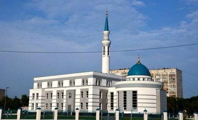 """ЯрдэмТВ: Первый ифтар в мечети """"Ярдэм"""""""