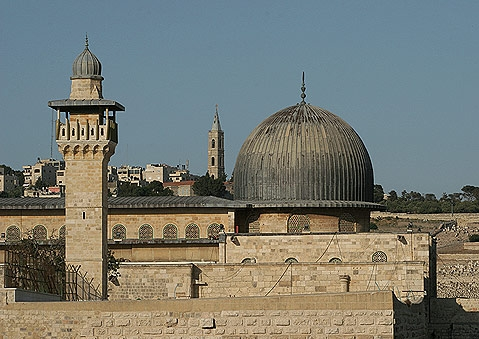 В Иерусалиме продолжаются беспорядки у святыни Ислама