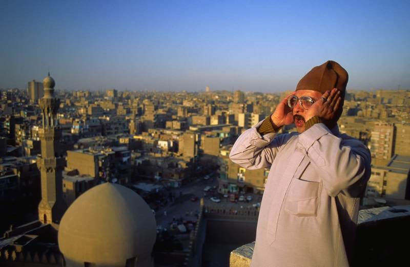 Как появился азан – призыв на молитву в исламе?