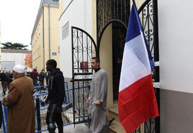 AFP: мусульмане Франции проведут дни открытых дверей