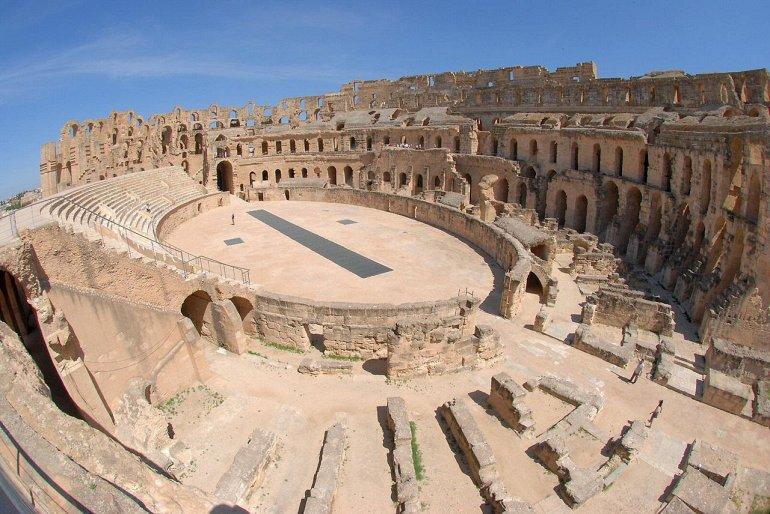 На кого ориентирована новая политика туризма арабов?