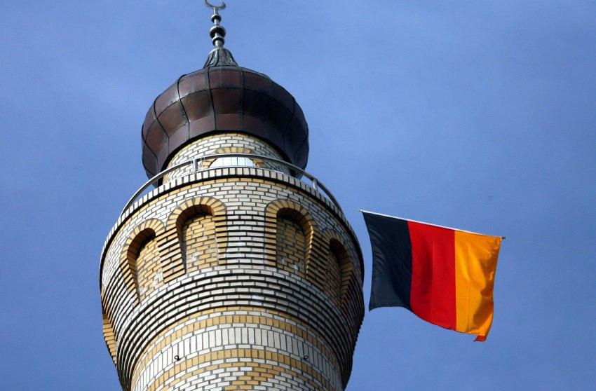 Die Welt: мечети Германии должны быть переведены на немецкий язык