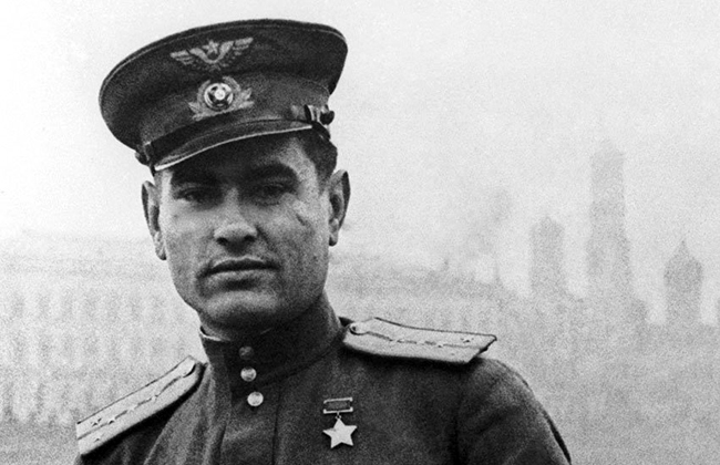 Советский военный лётчик Алексей Маресьев