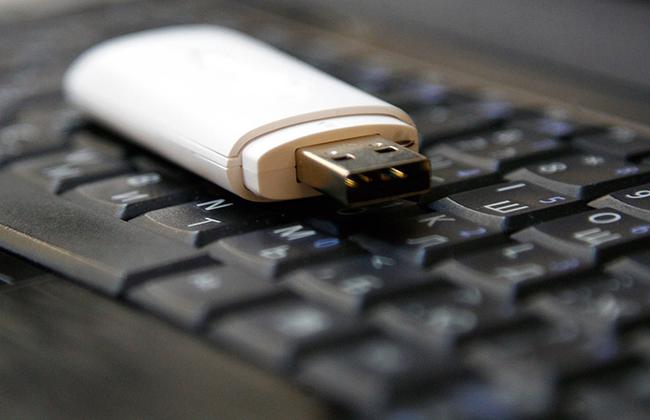 Флешка и клавиатура