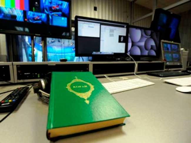 Рабочее место тележурналистов и видеомонтажников