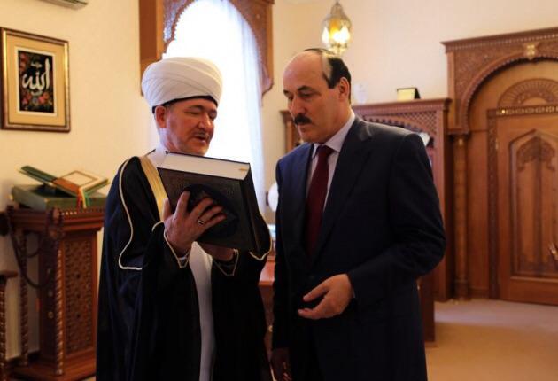 Равиль Гайнутдин: имамы должны иметь не только богословское образование, но и светское