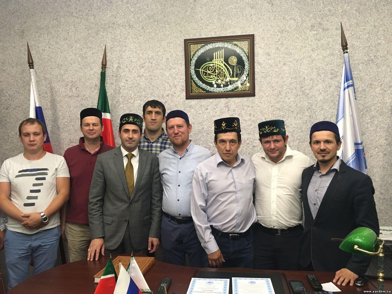Делегация Дагестана побывала на ифтаре в мечети «Ярдэм» в Казани