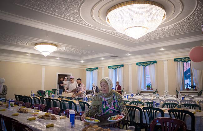 Ифтары в мечети Марджани