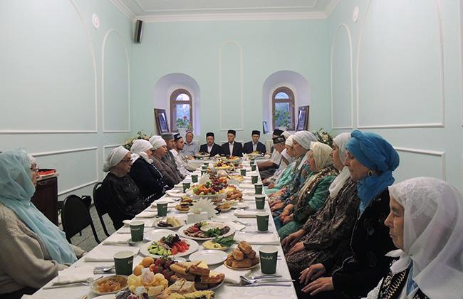 Ифтары в Апанаевской мечети