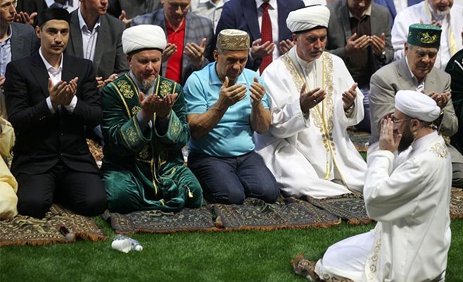Митрополит Феофан поставил мусульман Татарстана в пример христианам