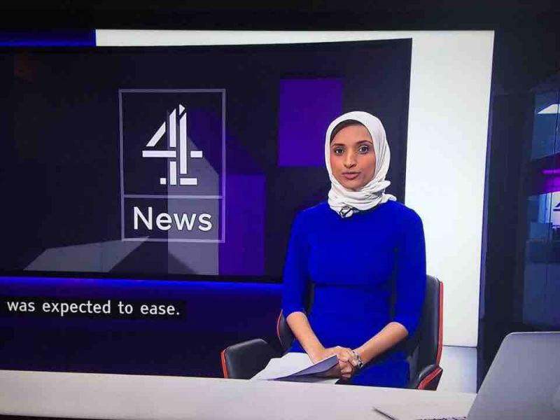 В Британии разгорелся скандал вокруг ведущей в хиджабе