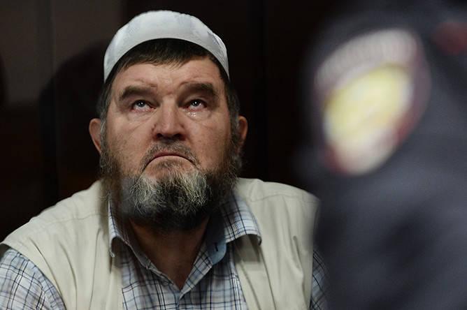 Имама московской мечети Махмуда Велитова оставили под домашним арестом