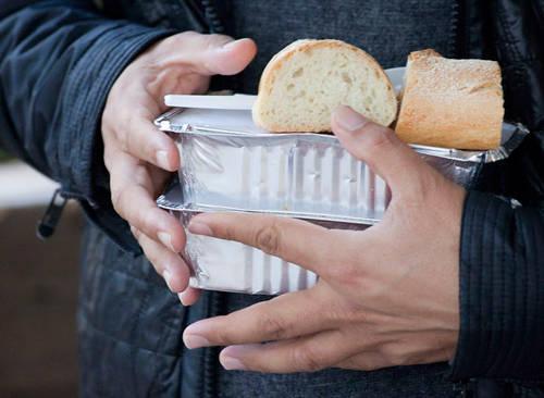 В Казани каждую неделю будут бесплатно кормить нуждающихся