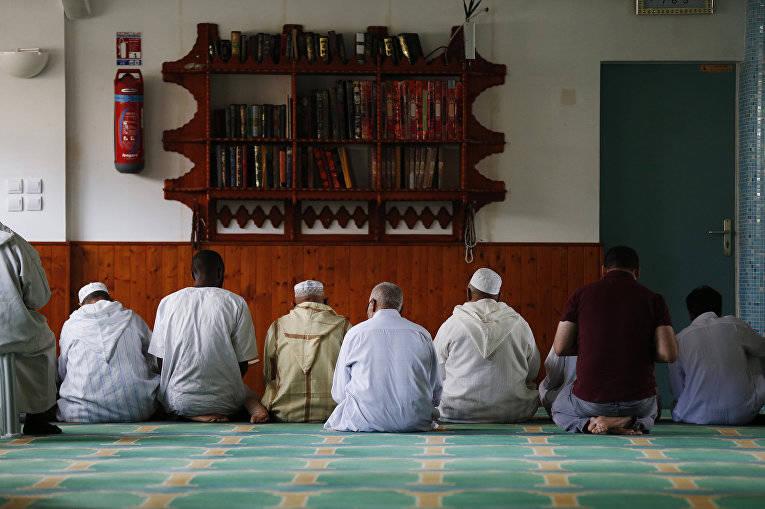 Новый «пакт» с Исламом во Франции
