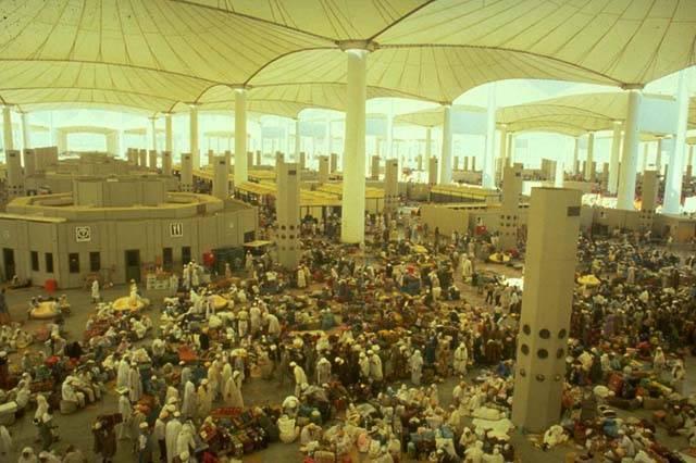 Внутри терминала Хаджа