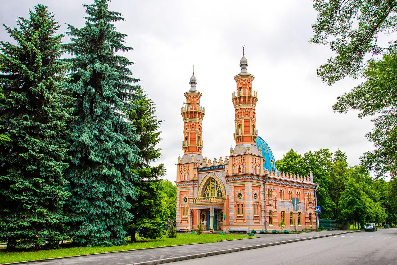 Татарстанские специалисты реставрируют суннитскую мечеть во Владикавказе