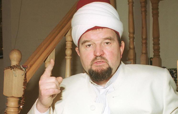 Имаму московской мечети, обвиняемому в экстремизме, на 2 месяца продлили домашний арест