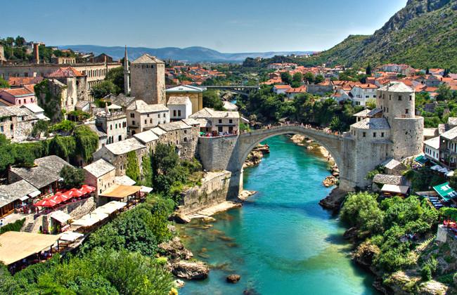 Босния требует от России вернуть 754 млн долларов