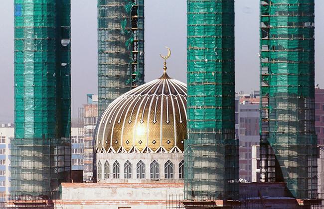 Недостроенная мечеть в столице Башкирии