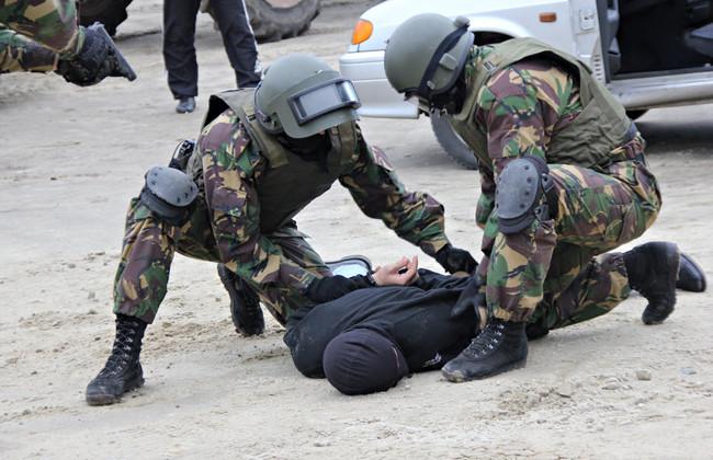 Крымский муфтият заявил о связи задержанной группы мусульман с экстремистами