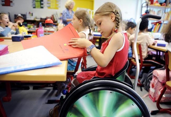 Дети-инвалиды и общество