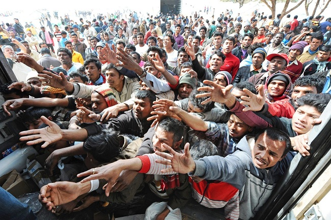 Толпа беженцев