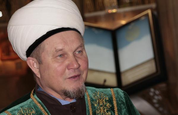 Жалиль хазрат Фазлыев посетил Нурлатский район